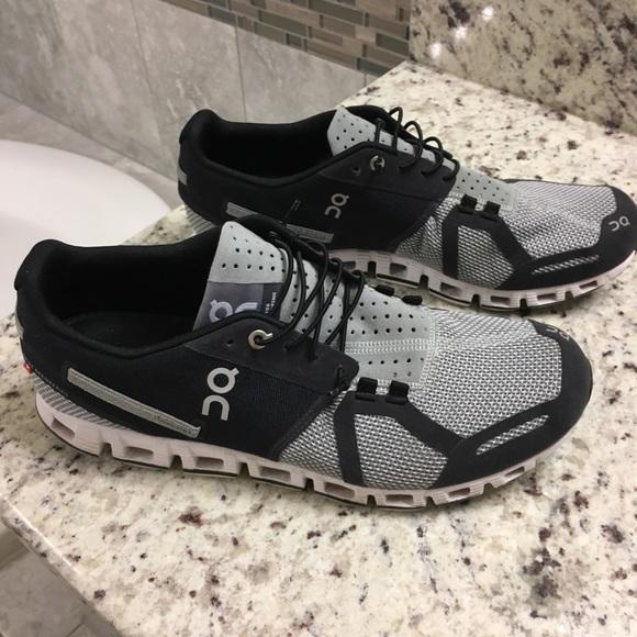 Brooks Shoes   On Cloud Mens Runners Sz